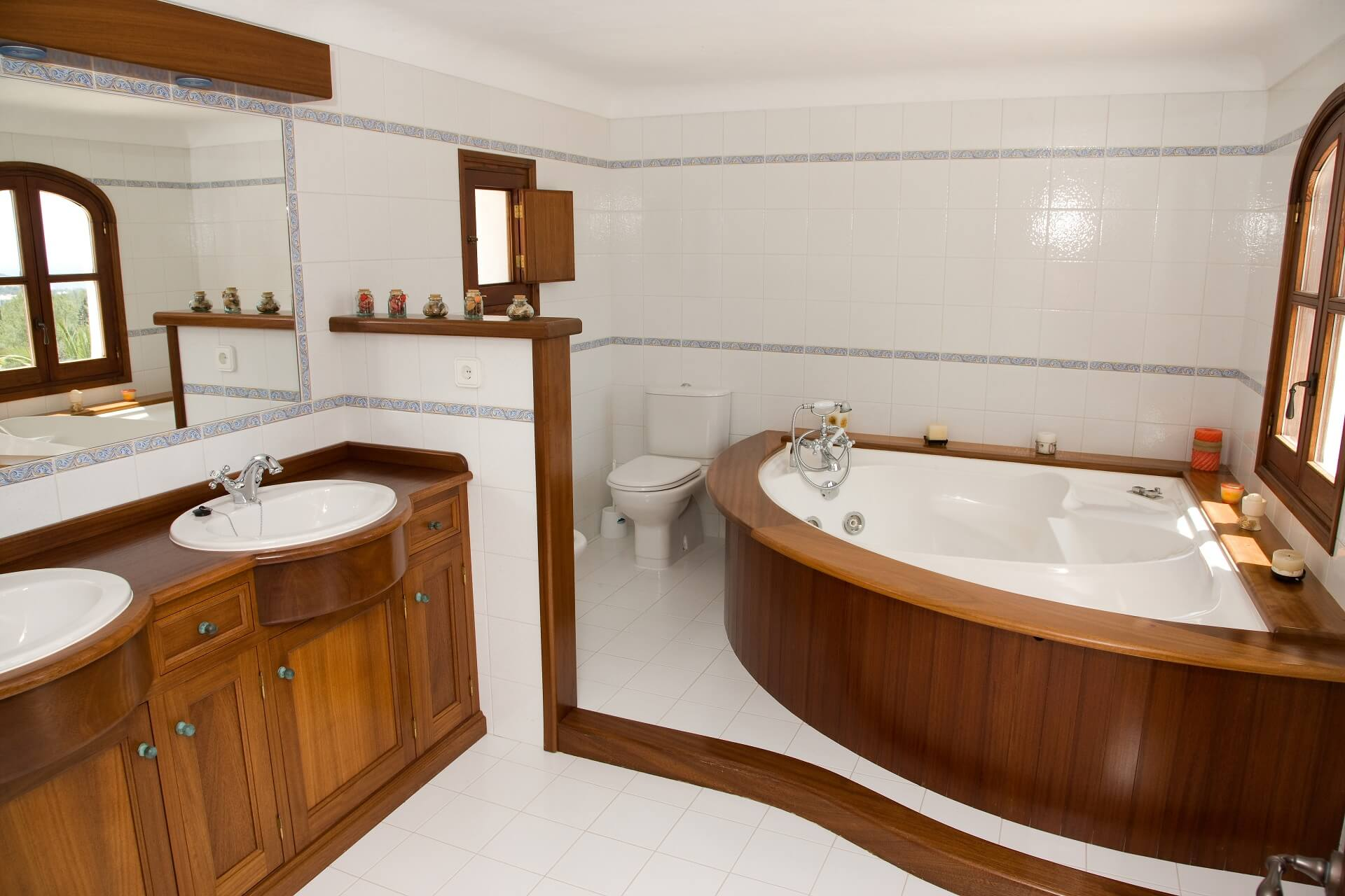 Villa Can Maderus - En suite bathroom