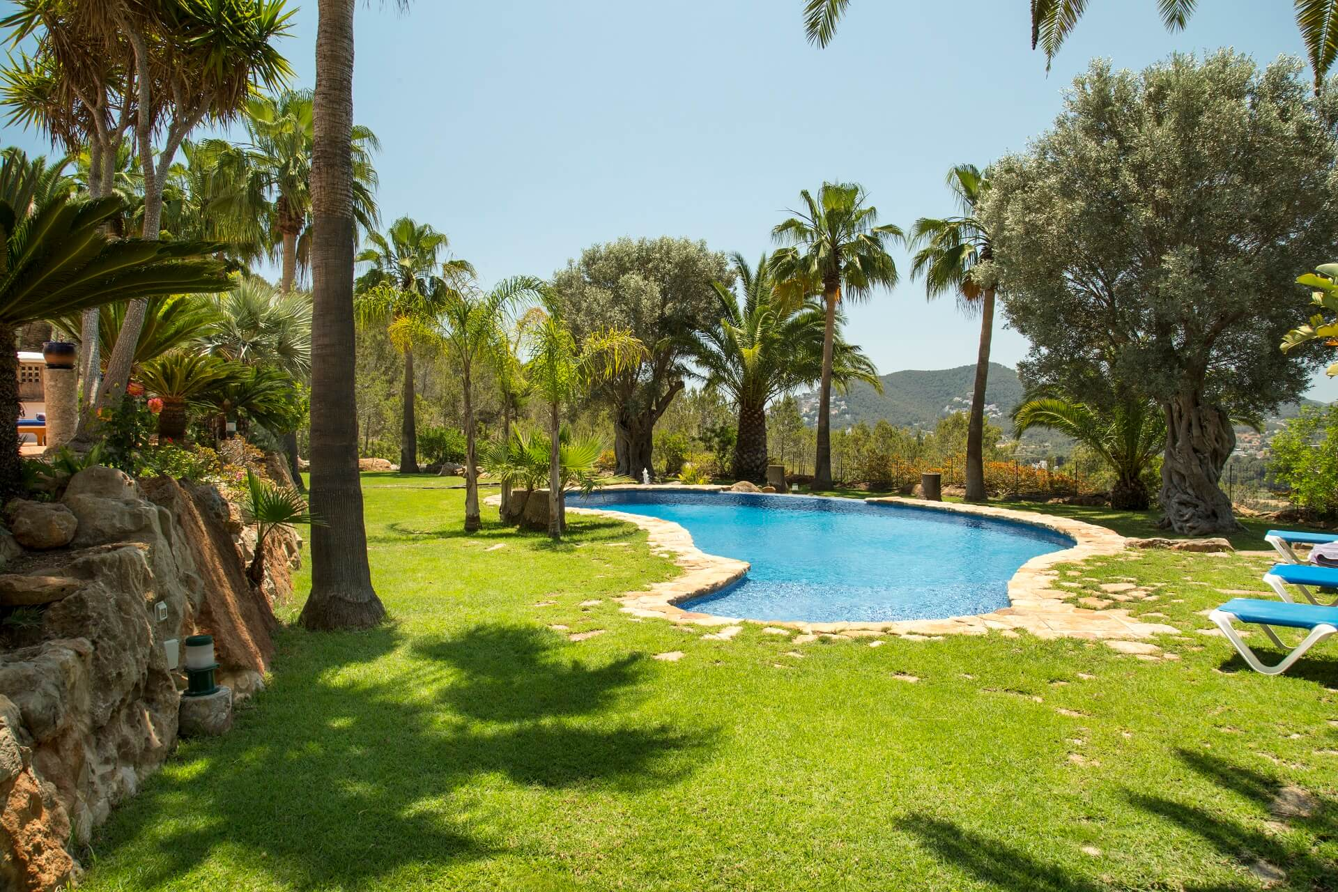 Villa Torres Carón - Garden views