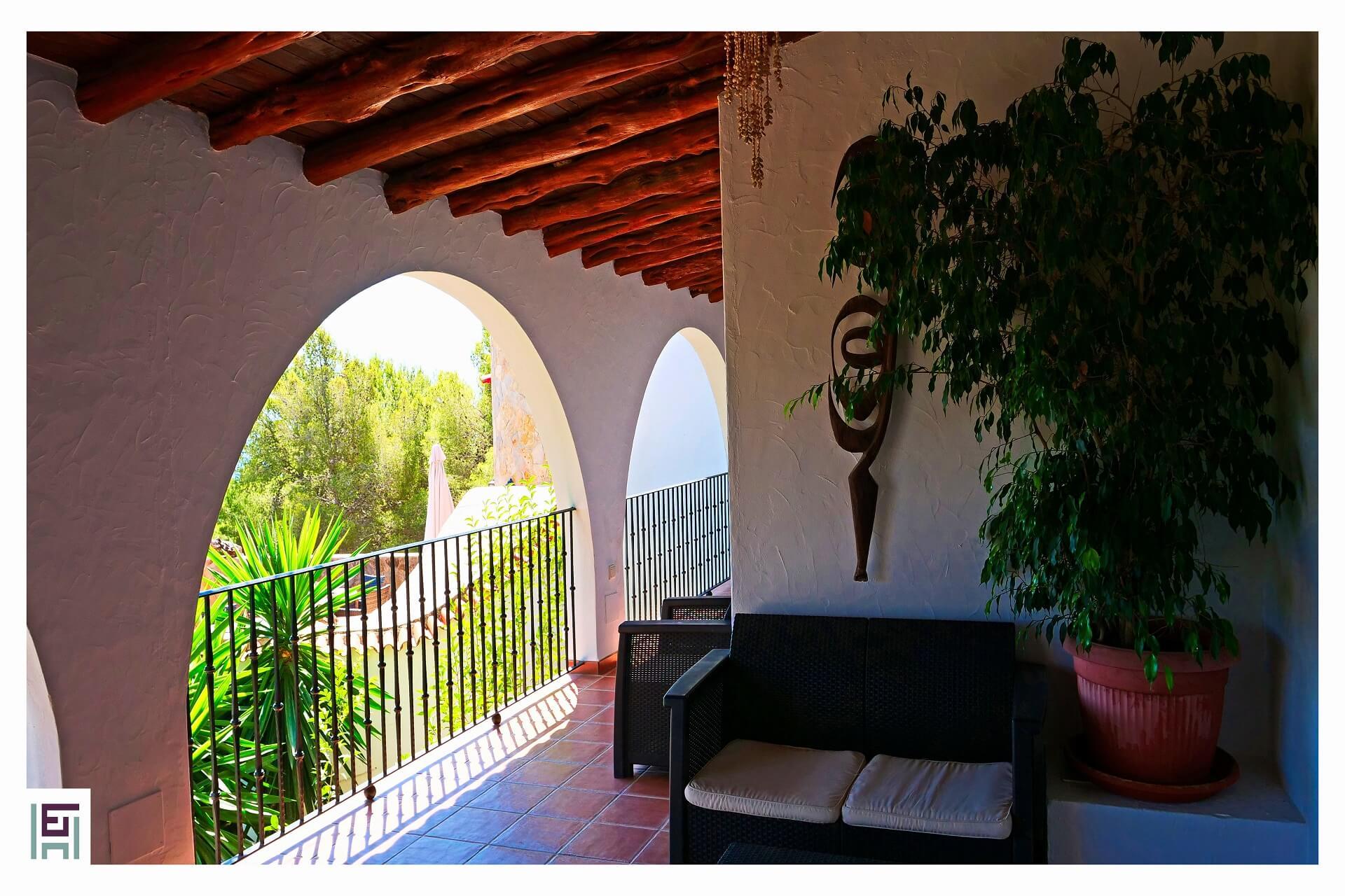Shangri-La - Terrasse Wohnzimmer