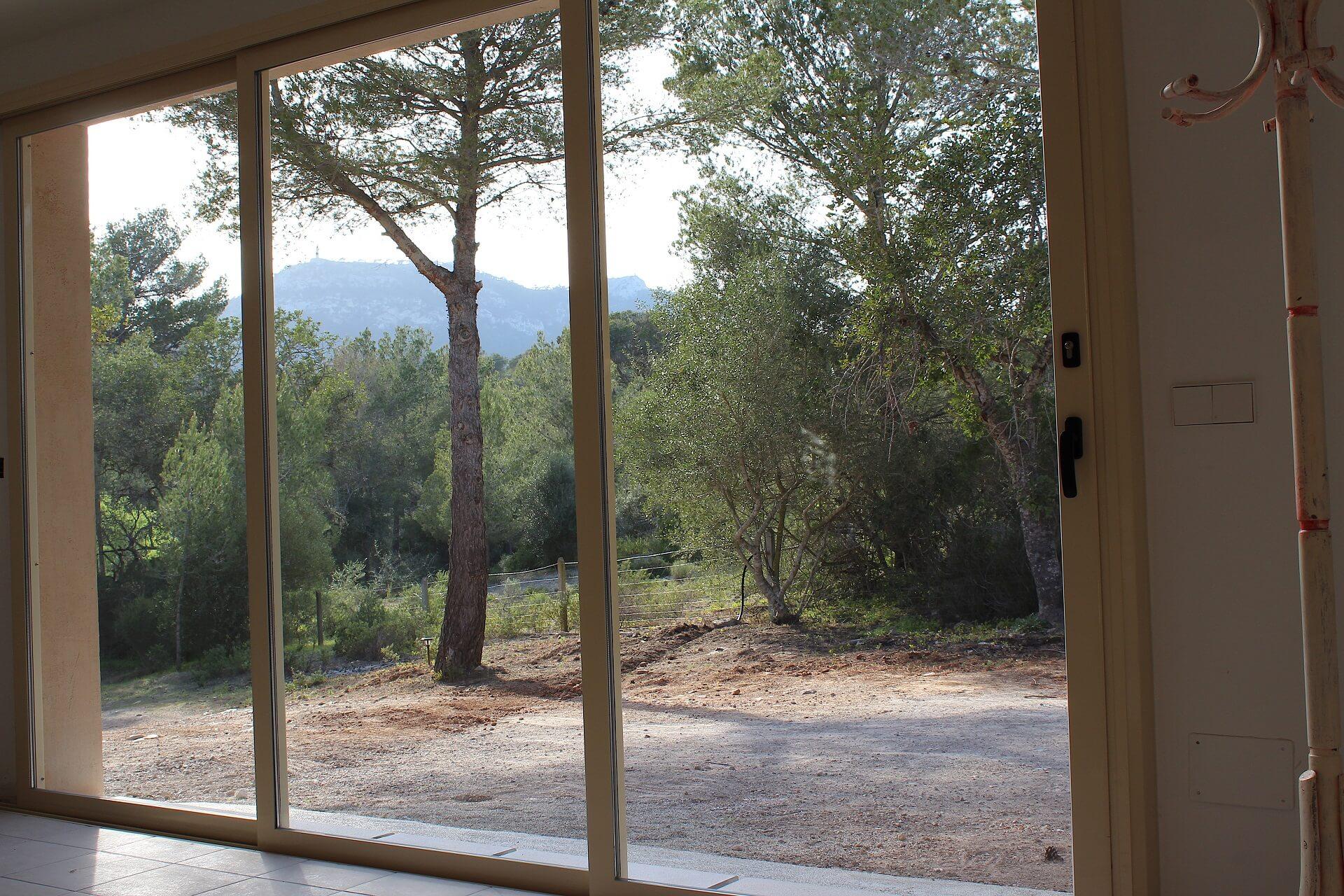 Außenküche Mit License : Fantastische kleine finca mit naturpool in villafranca de bonany