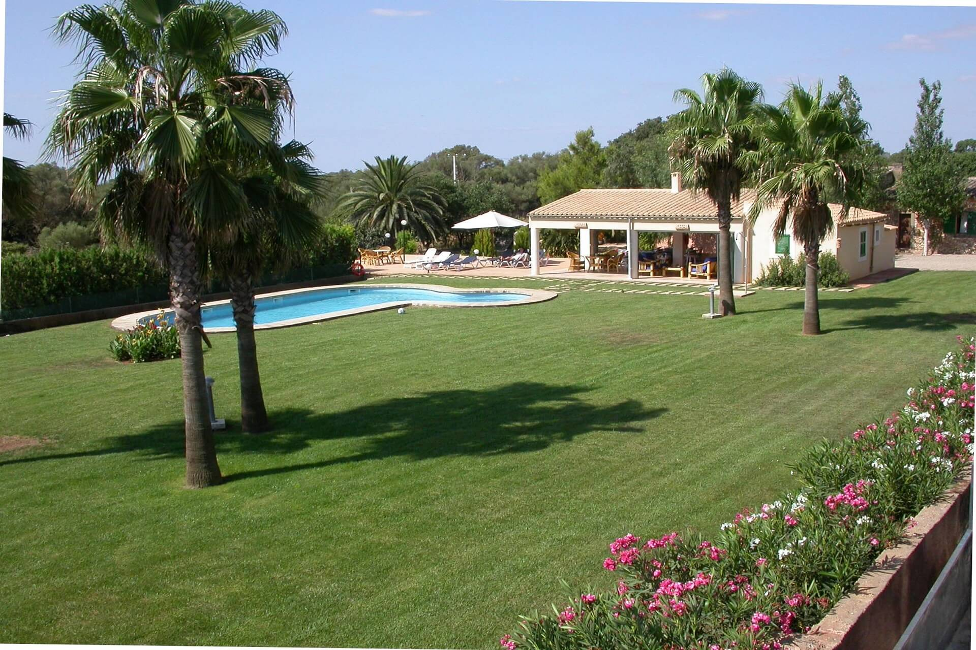 Finca Son Rito - Pool and garden area