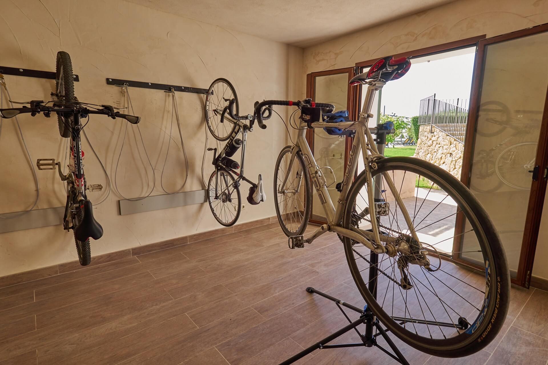 Hotel Finca Binibona - Bicycle rrom