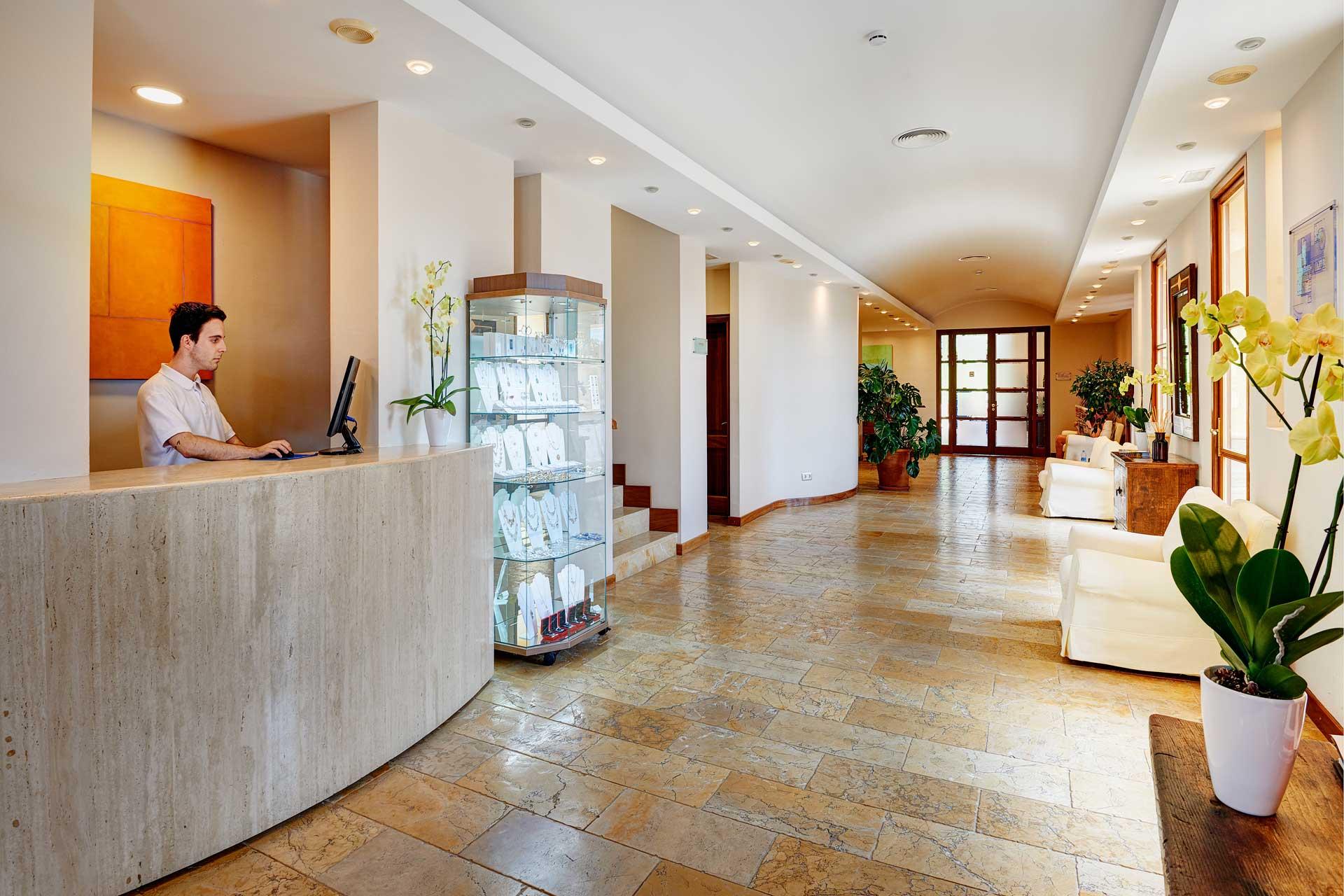 Finca-Hotel Sentido Pula Suites - Reception