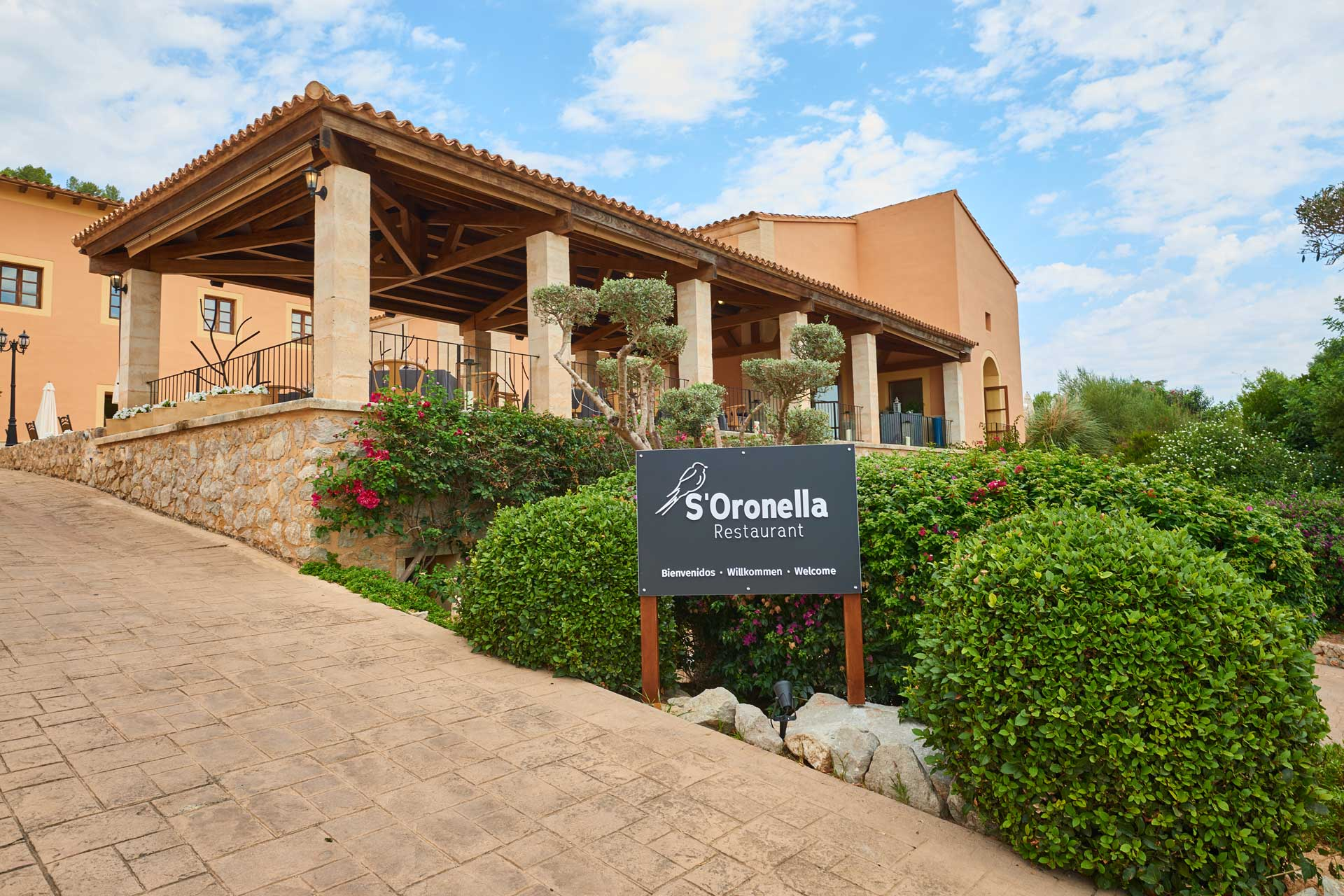 Finca-Hotel Sentido Pula Suites - Restaurant S'Oronella