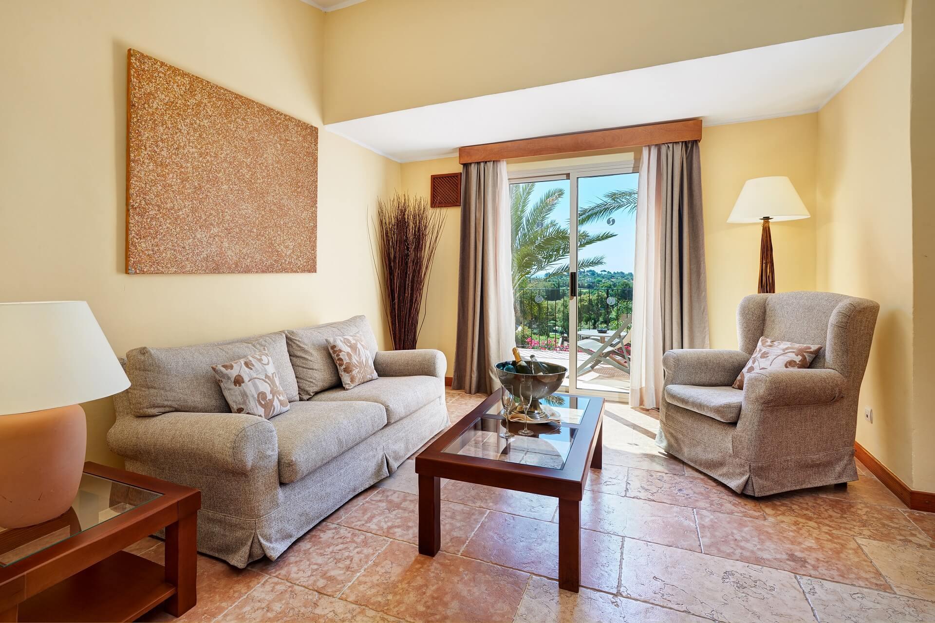 Finca-Hotel Sentido Pula Suites - Superior Suite Wohnzimmer