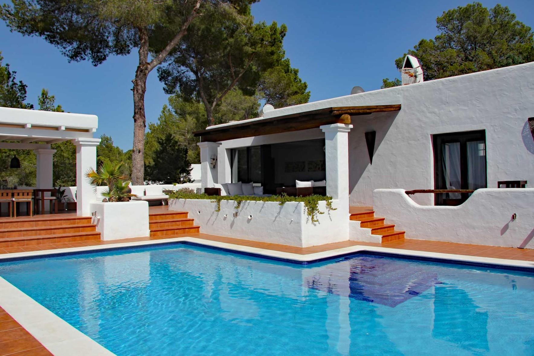 Villa Can Sankisha - Swimmingpool