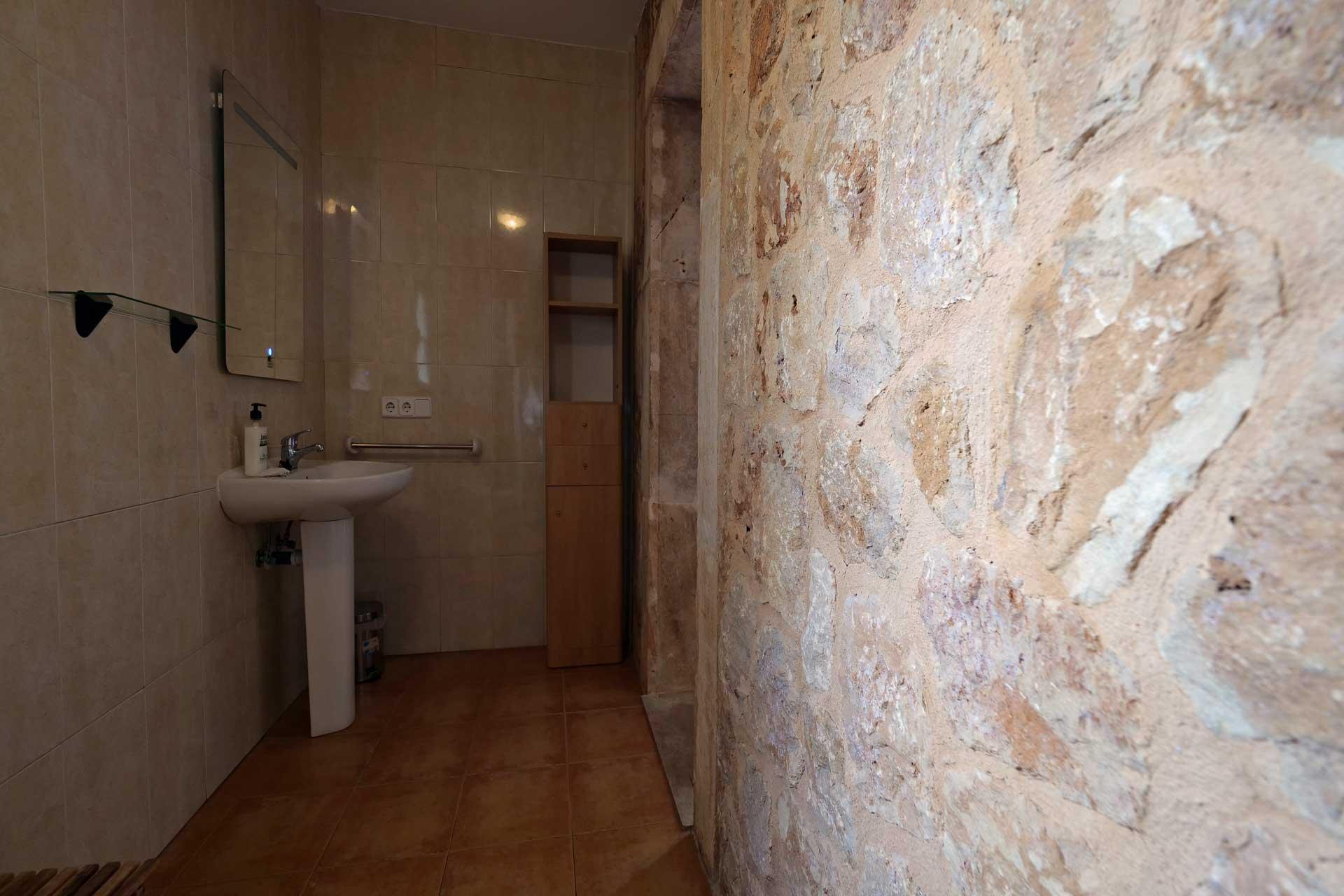 Finca Palmitos II - Bathroom ground floor left