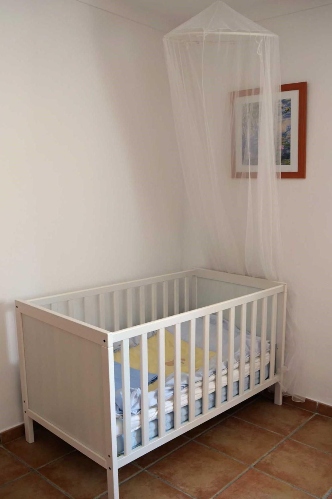Finca Palmitos I - Triple-Bedroom with baby cot