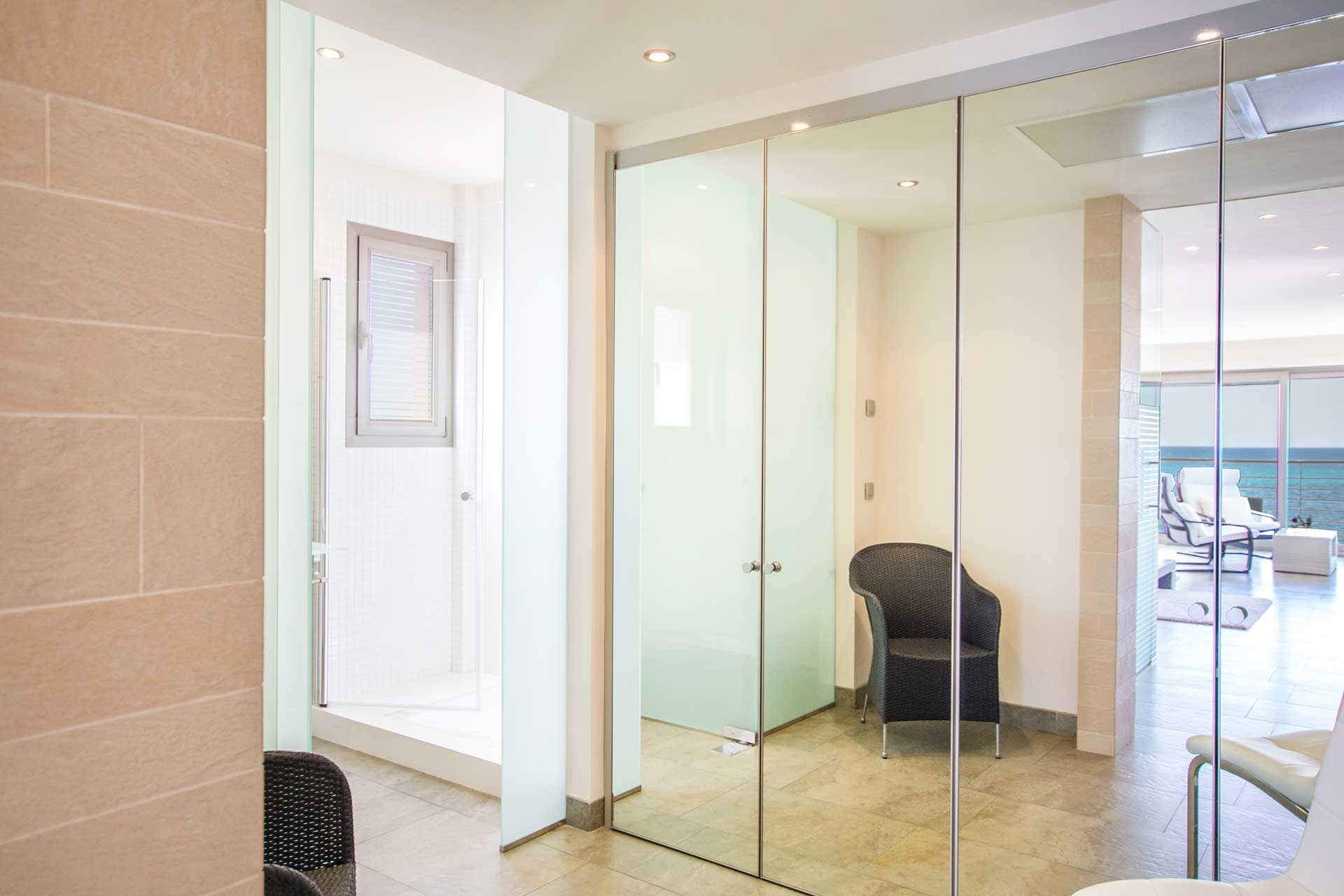 Villa Bohemi P. - Master Suite bathroom