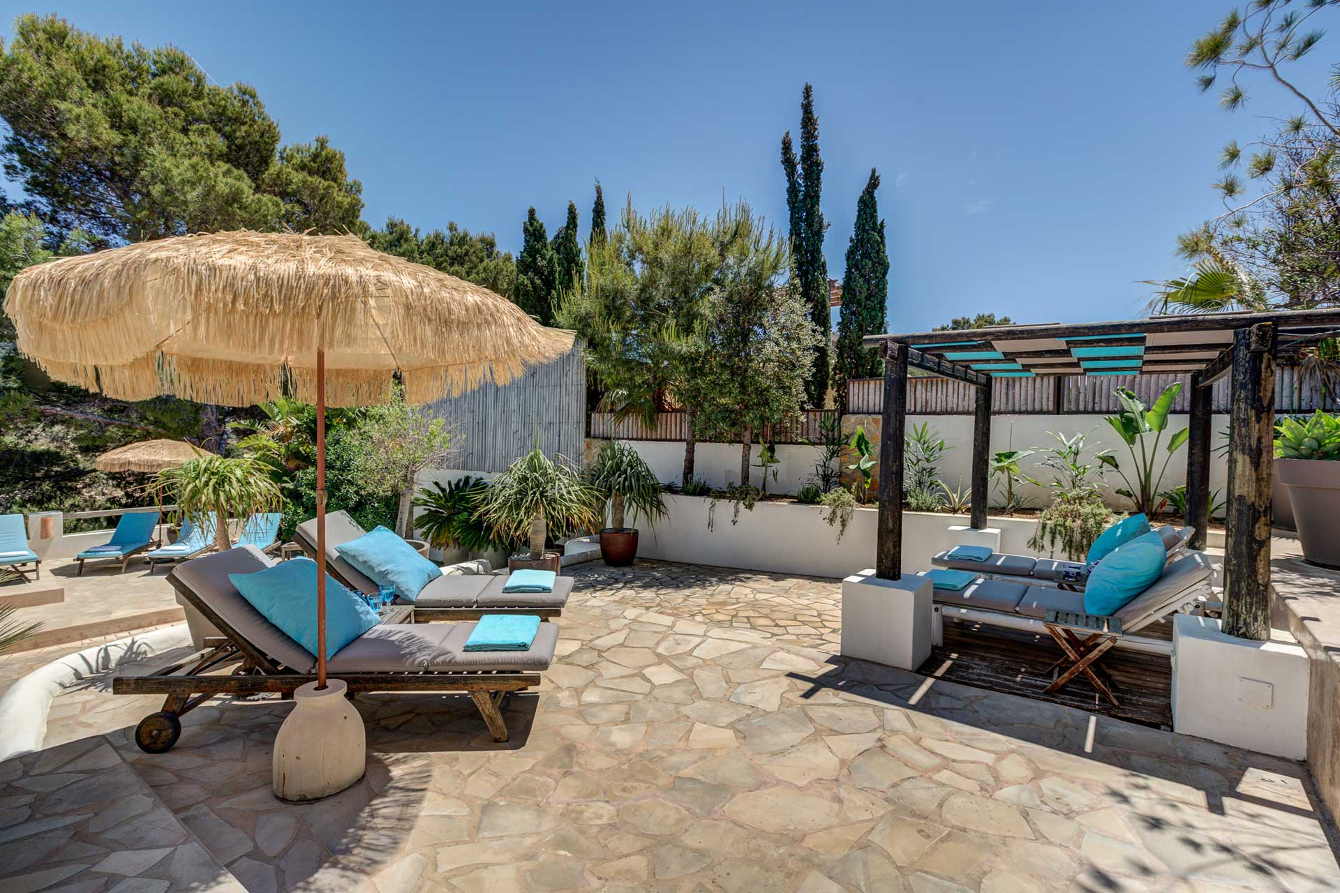 Villa Can Terra - Terrasse mit Chill-out Bereich