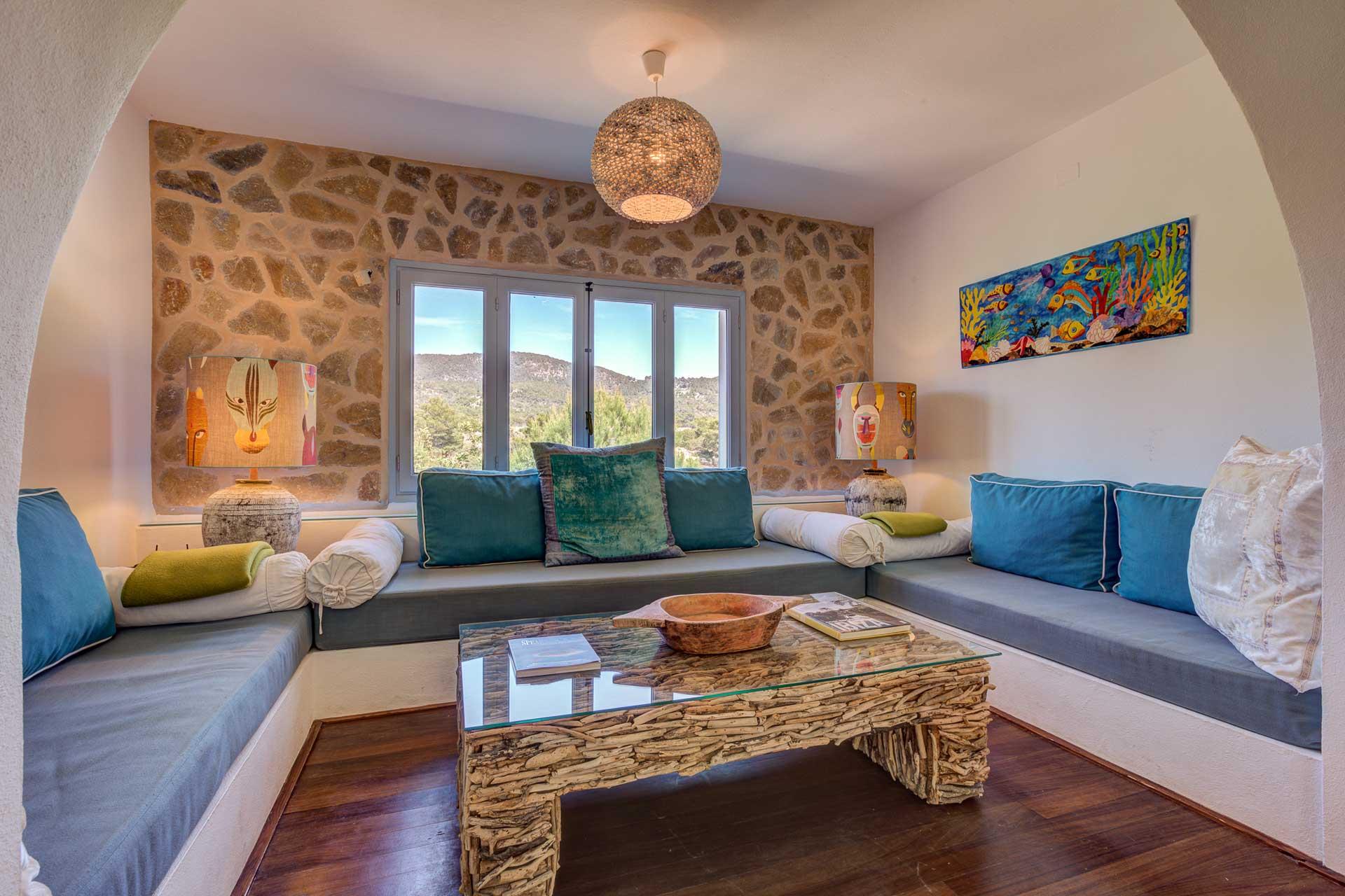 Villa Can Terra - Wohnbereich mit Fernseh-Ecke