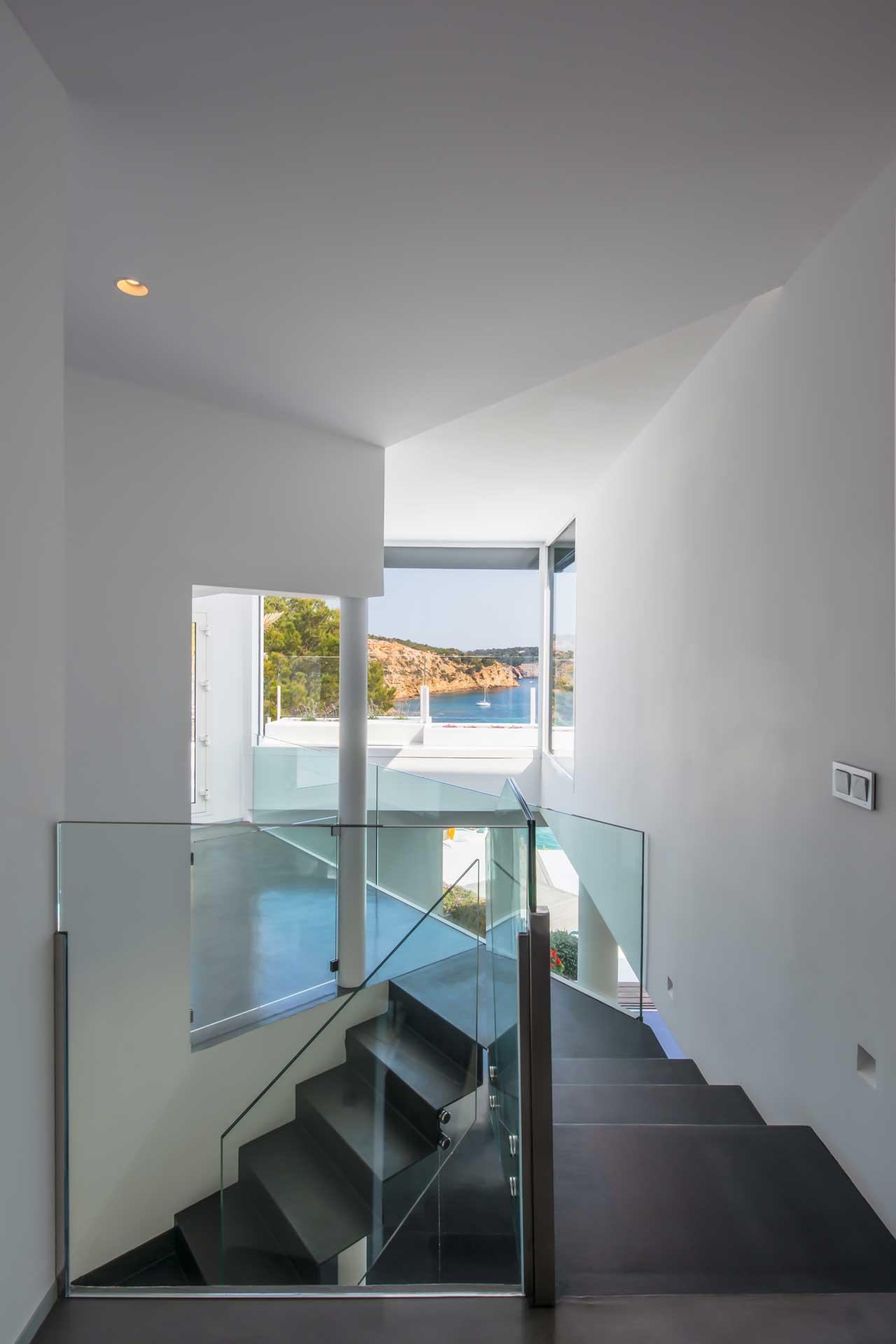 Villa Infinty Ibiza Vista Alegre - Treppenaufgang OG