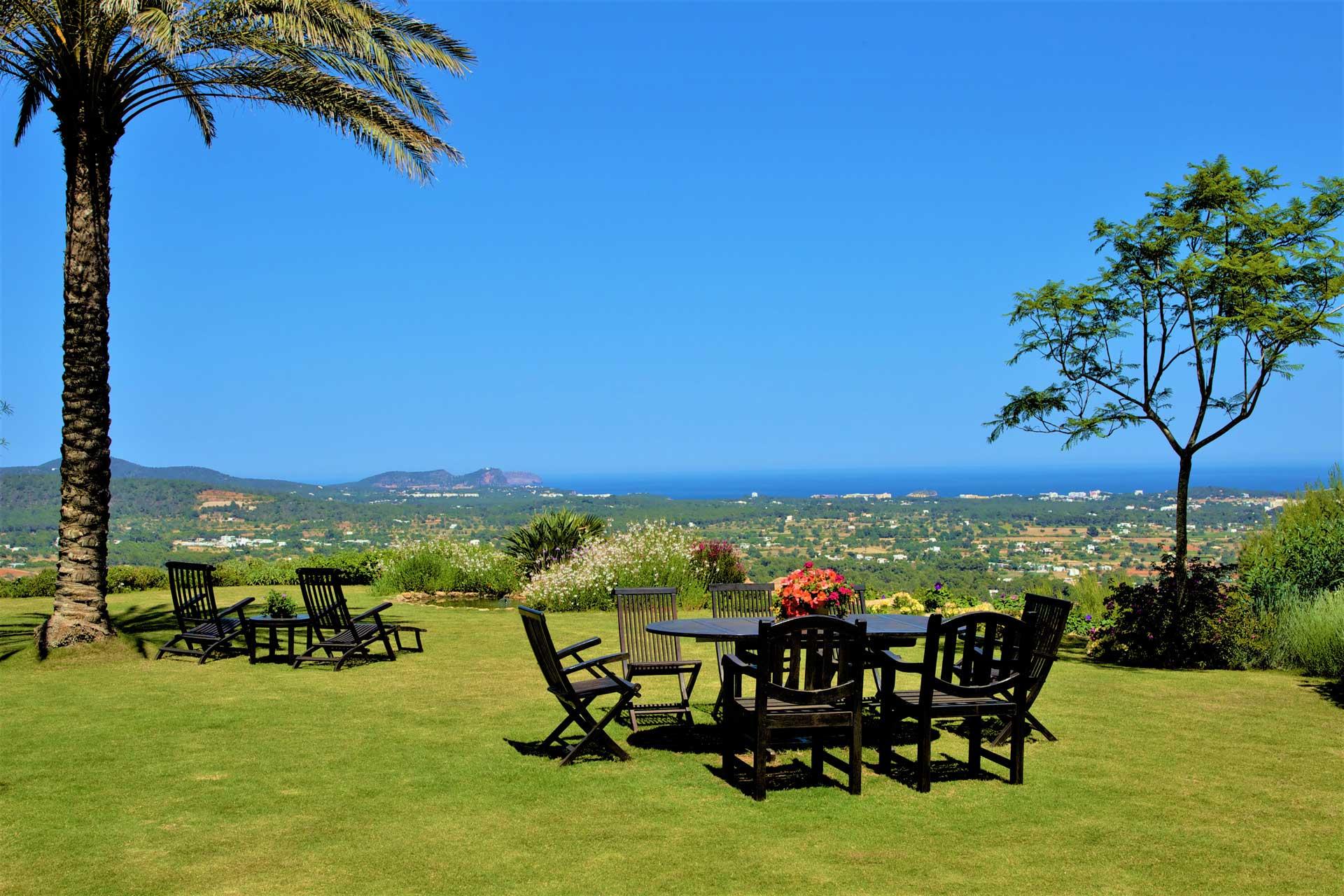 Villa K IBIZA - Garten mit Aussicht