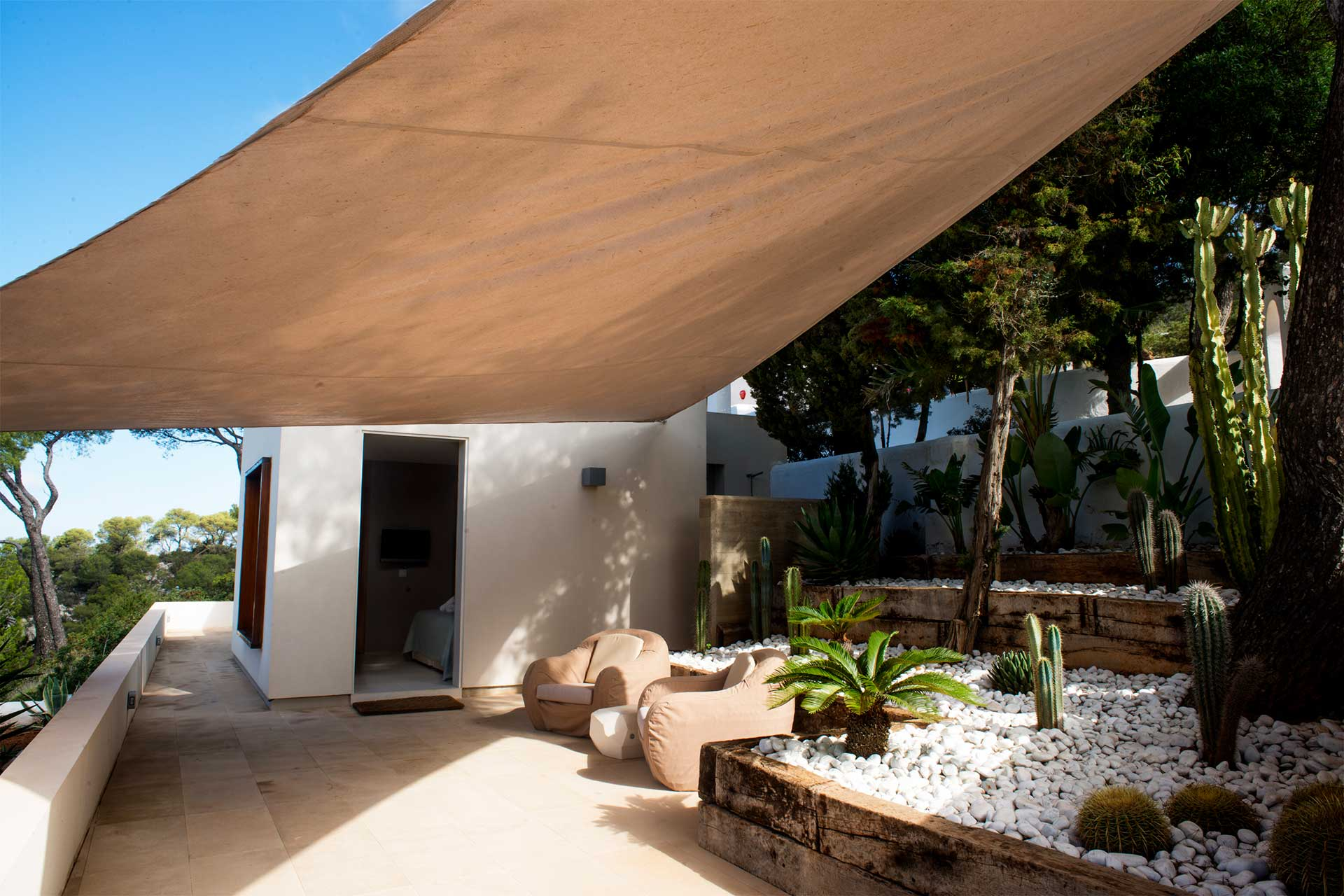 Can T. Ibiza  - Guest house with terrace south-west