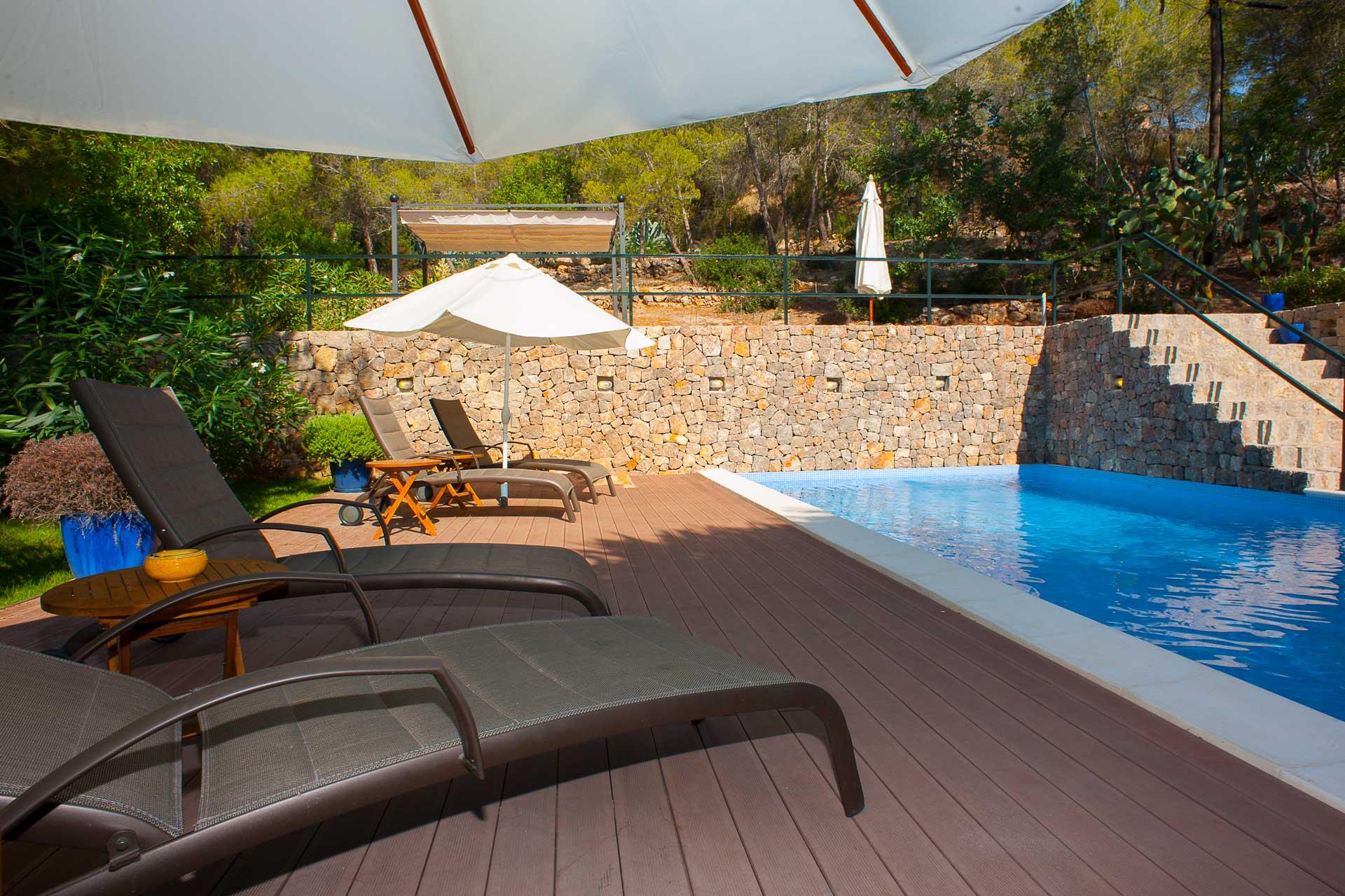 Finca Can Gall Ibiza - Swimming pool with terrace