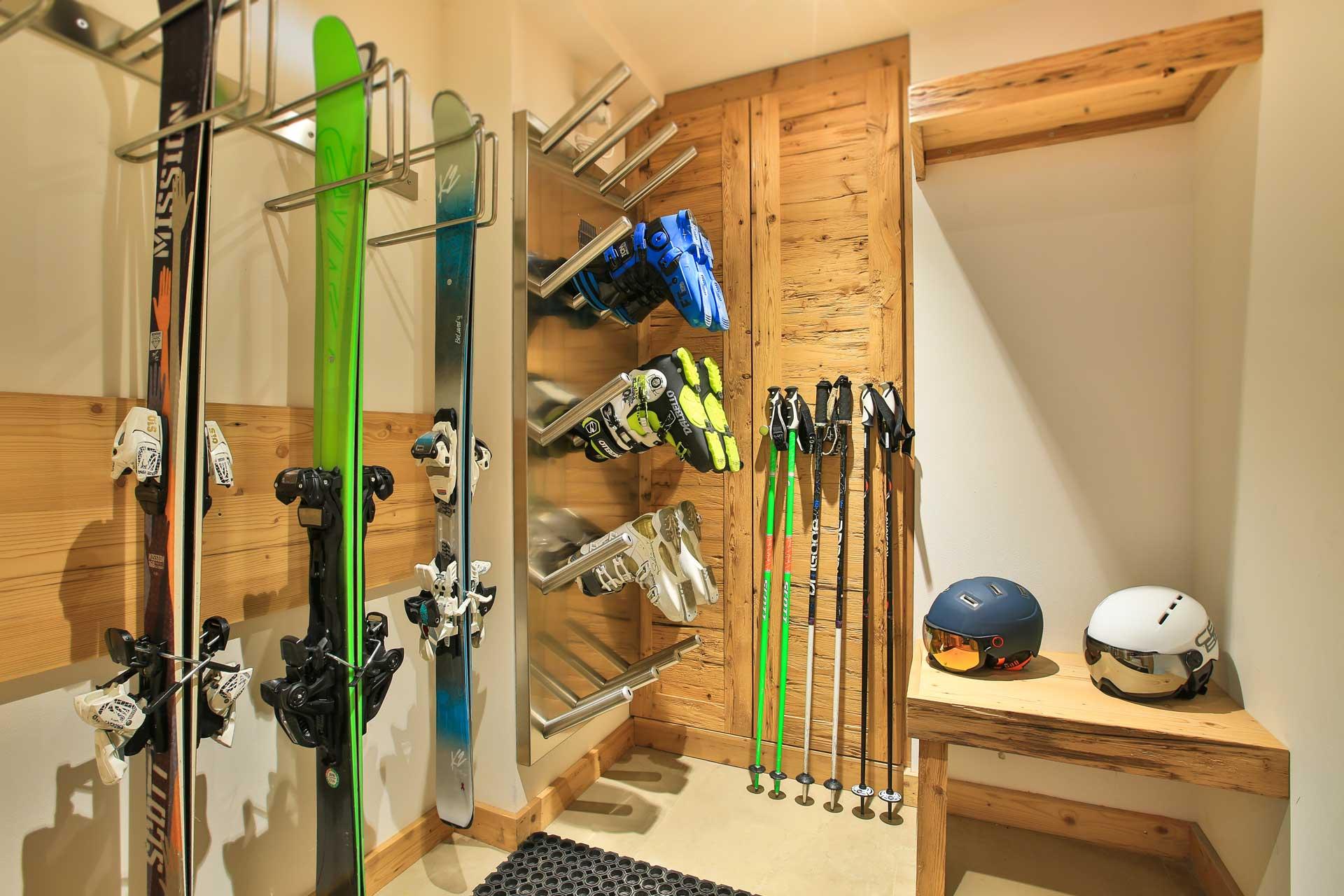 Luxus Appartement Chalet Khione Saas-Fee - Skiraum