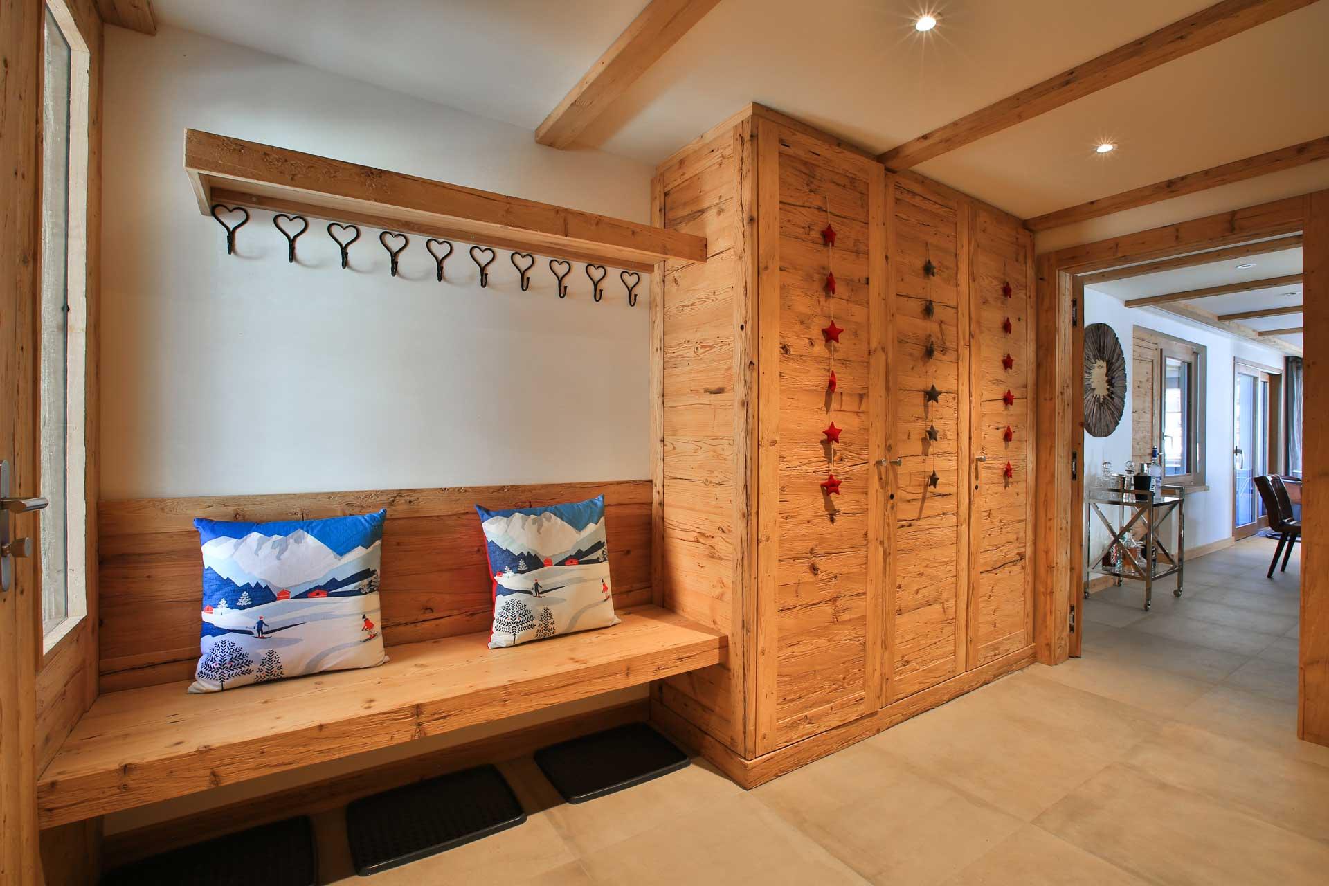Luxus Appartement Chalet Khione Saas-Fee - Eingangsbereich