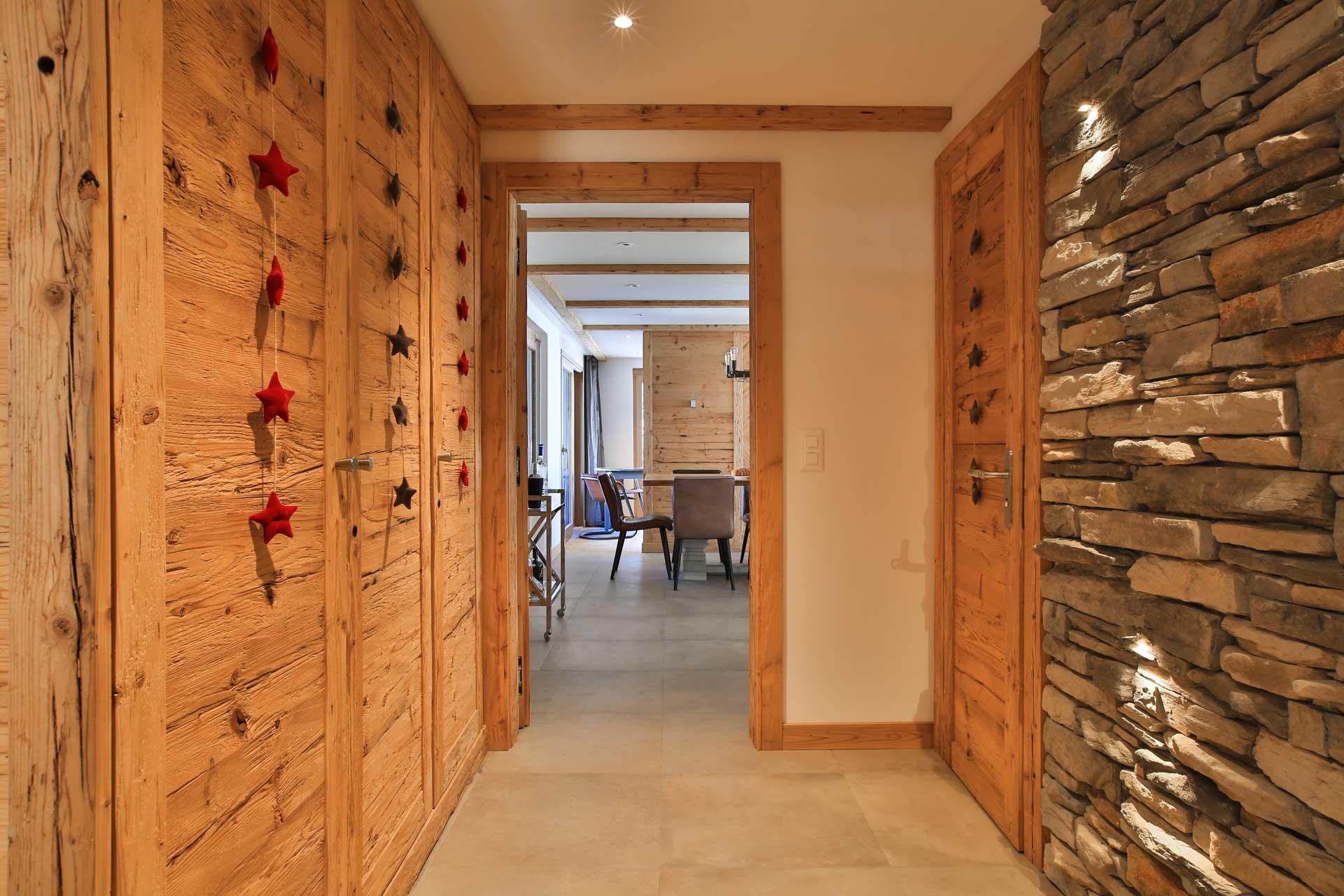 Luxus Appartement Chalet Khione Saas-Fee - Eingang