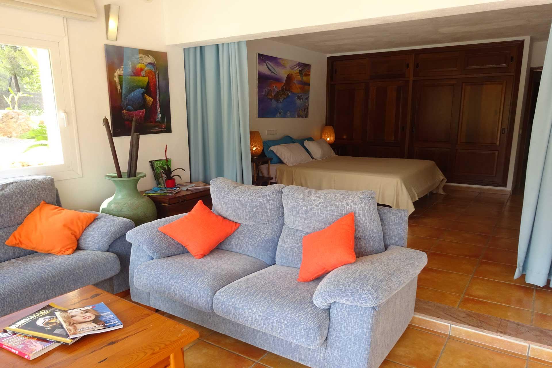 Finca Can C. Ibiza - Master bedroom with sofa corner
