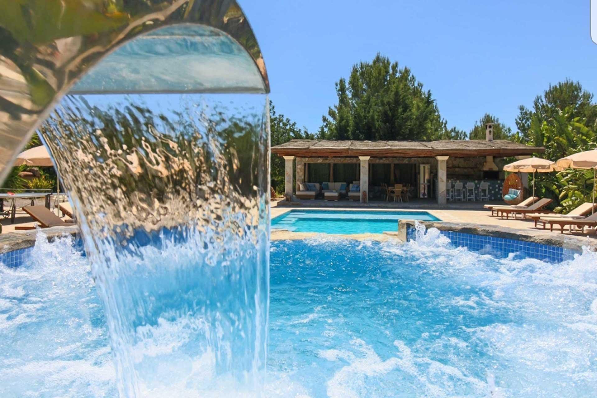 Finca Can C. - Swimming pool area