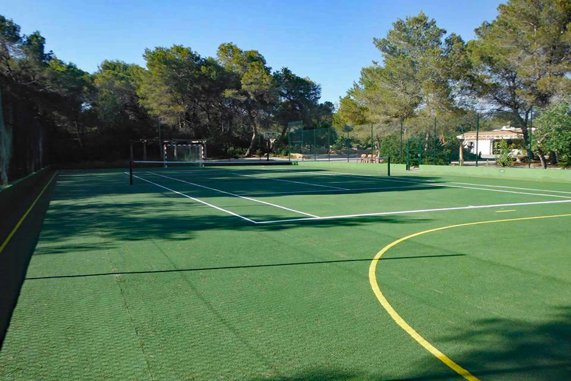 Finca Can C. - Tennis court