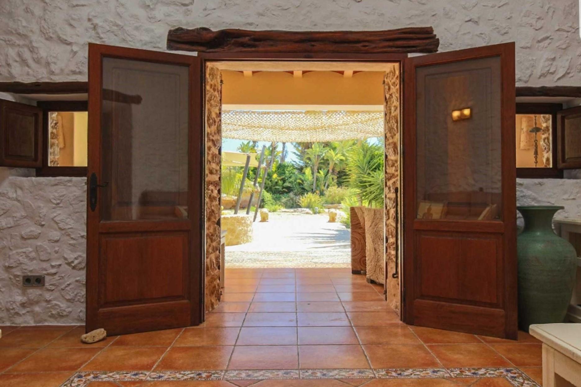 Finca Can C. Ibiza - Entrance and living area