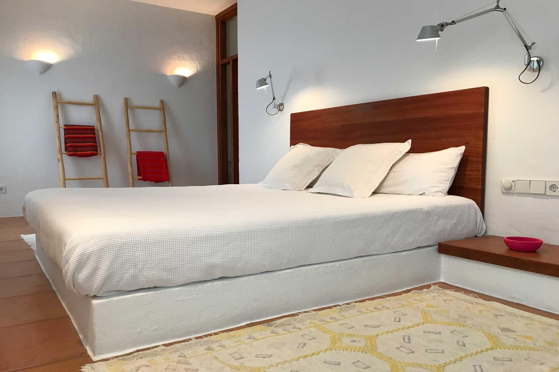 Villa Poeta- Master bedroom 1 upper floor