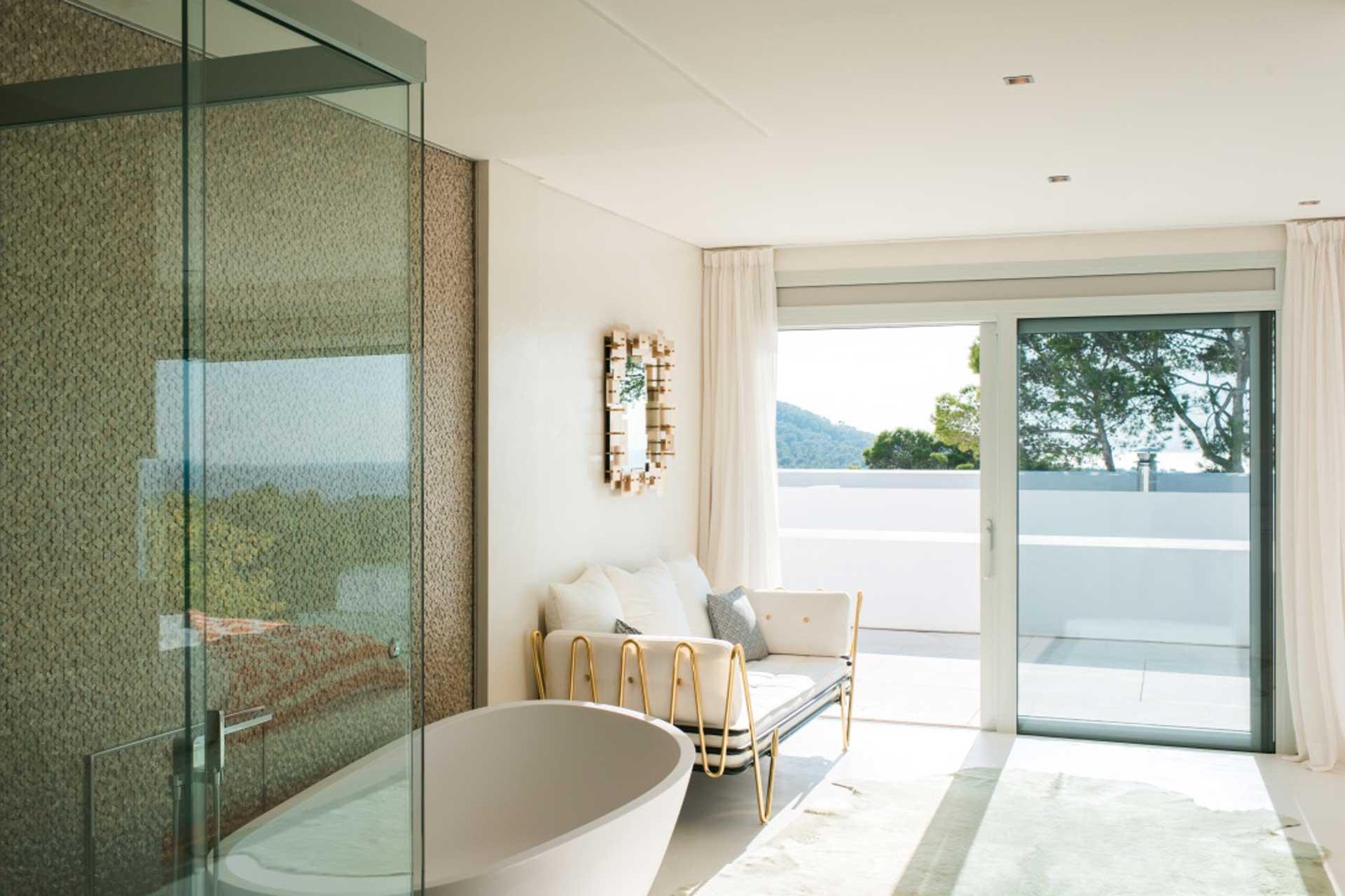 Villa CA Ibiza - Schlafzimmer 1 mit Bad en Suite