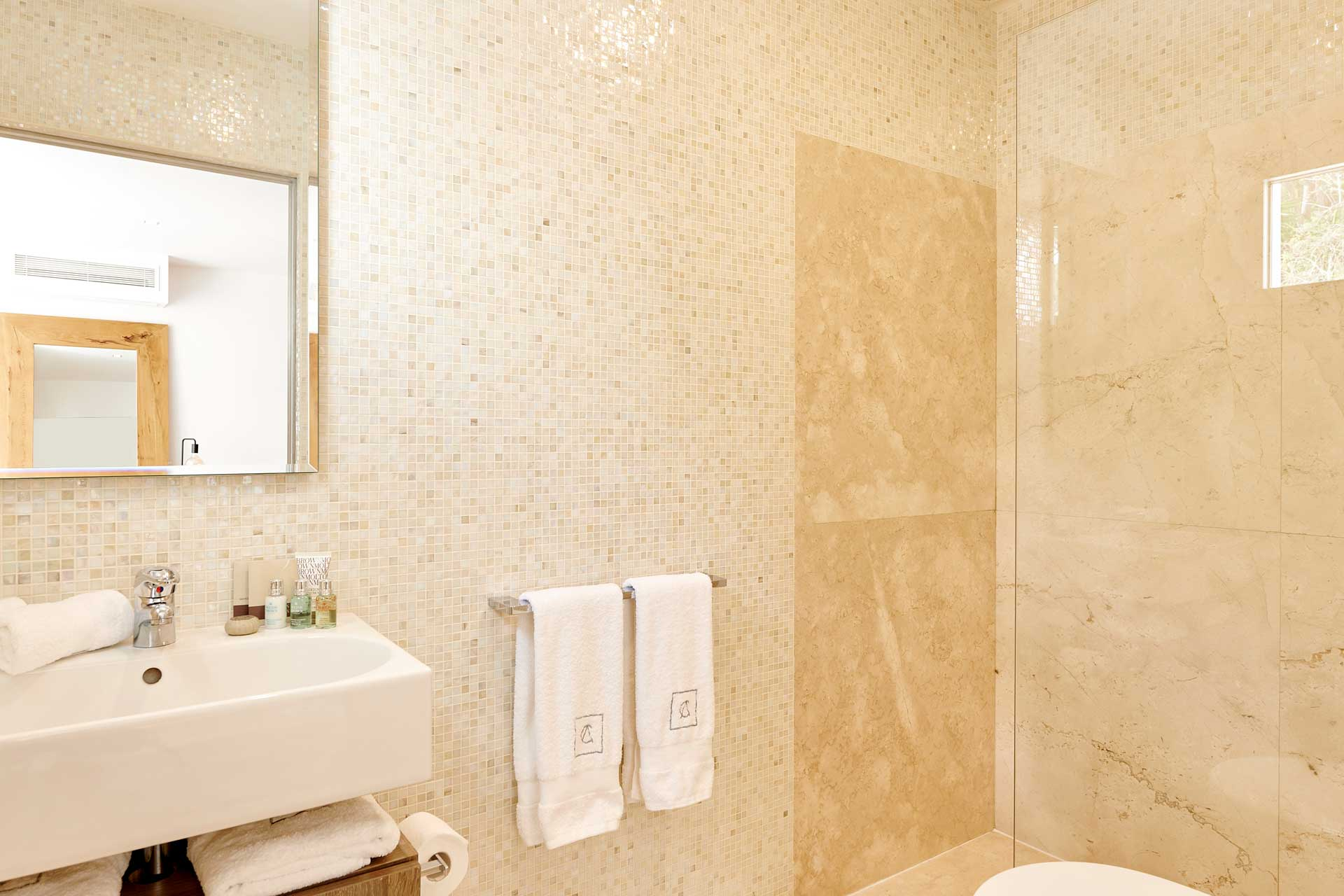 Villa CA Ibiza - Schlafzimmer 2 mit Bad en Suite