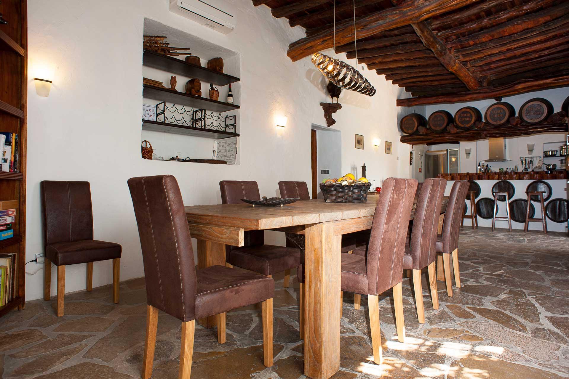 Finca Can Gall Ibiza - Dining area